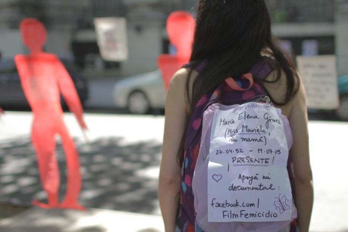 Mara Avila en Rosario, durante el rodaje del documental. Foto: Melina Rico.